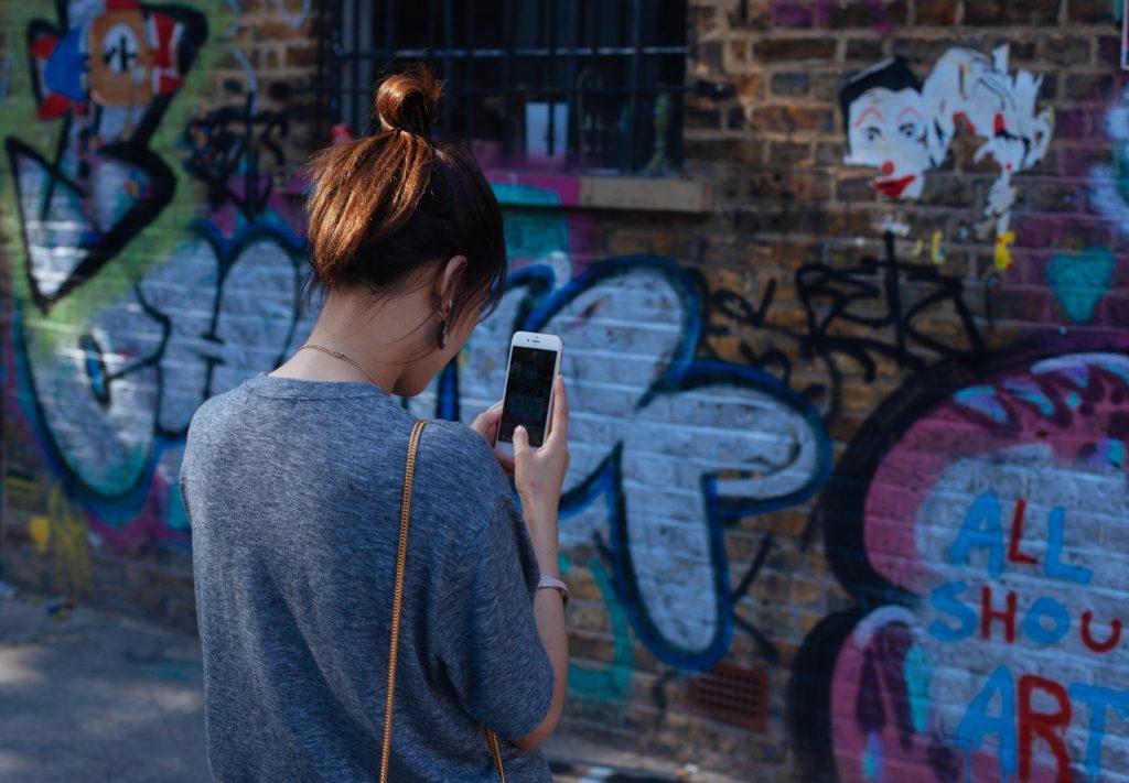 Jeunes et smartphone - StudioPmParis